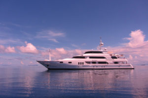 Keri lee III yacht for charter