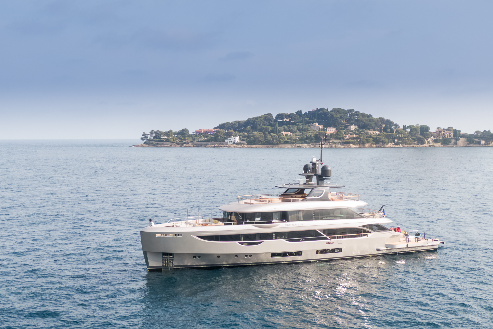 Benetti Oasis 40m yachts for sale